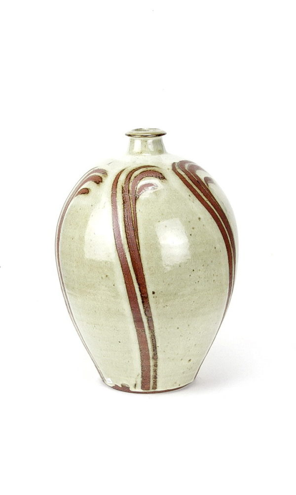Phil Rogers large bulbous stoneware pot cream glaze with finger wipes decoration vertically done around body of pot